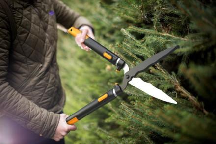 Nůžky Fiskars SmartFit na živý plot, teleskopické